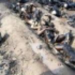 【閲覧注意・速報】150人近くが死んだパキスタンのタンクローリーの事故現場が地獄すぎる・・・(画像)