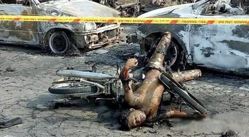 【閲覧注意・速報】150人近くが死んだパキスタンのタンクローリーの事故現場が地獄すぎる・・・(画像)・3枚目