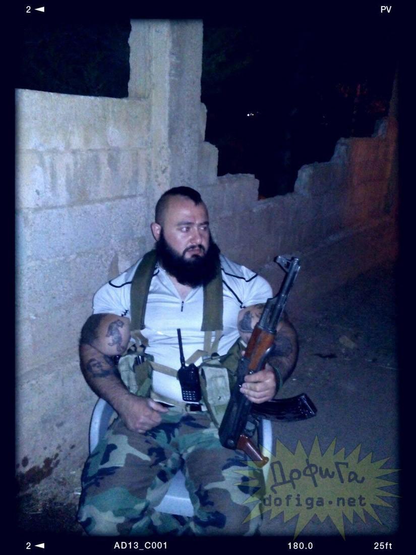 【最強】シリアのバケモノ兵士。コイツと遭遇したら100パー死ぬ(画像)・13枚目