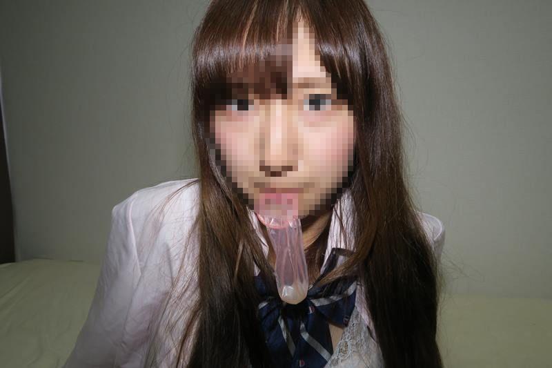 【衝撃】流出した日本モノのハメ撮り映像。エグい事させられてるんだが・・・・18枚目