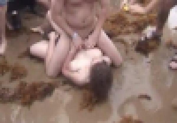 【泥酔注意】泥酔女子、男50人がいるビーチに半裸で凸してとんでもない目にあう。(動画)