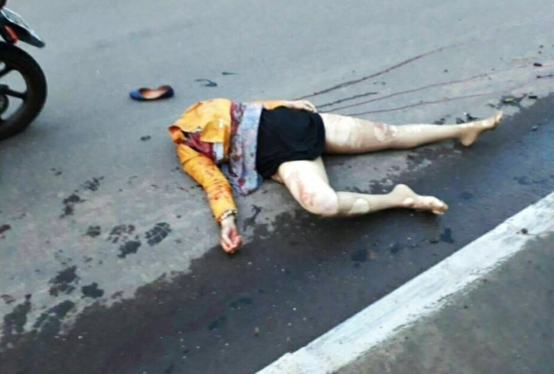 【閲覧注意】道に倒れている女性の顔がマジで怖すぎる・・・(画像)・4枚目