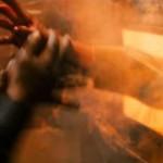 【衝撃】1000℃以上の炉に飛び込んで自殺した人・・・(動画)