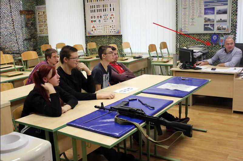【閲覧注意】教師を殺害した大学生がアップした画像。常軌を逸してる・・・(画像)・1枚目