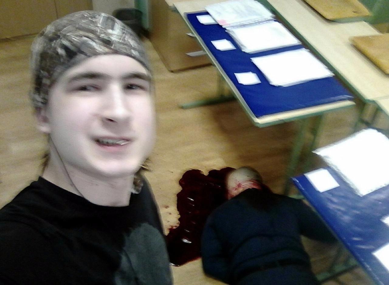 【閲覧注意】教師を殺害した大学生がアップした画像。常軌を逸してる・・・(画像)・3枚目