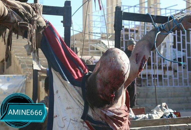 【閲覧注意】ISIS、シリア兵士は街に磔にして晒す。。(画像)・1枚目