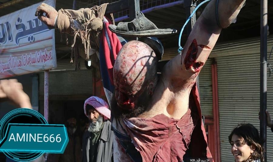 【閲覧注意】ISIS、シリア兵士は街に磔にして晒す。。(画像)・2枚目