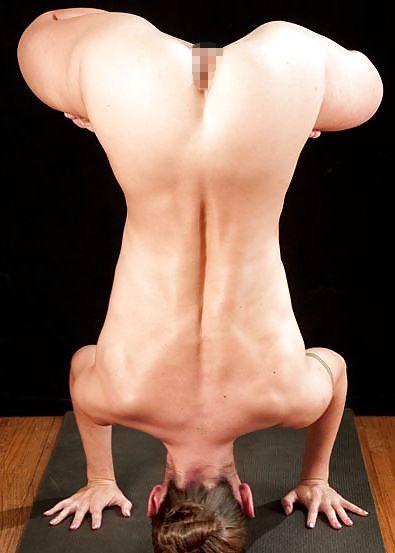 【エロ】ガチの「全裸ヨガ教室」が存在した。(動画、画像100枚)・81枚目
