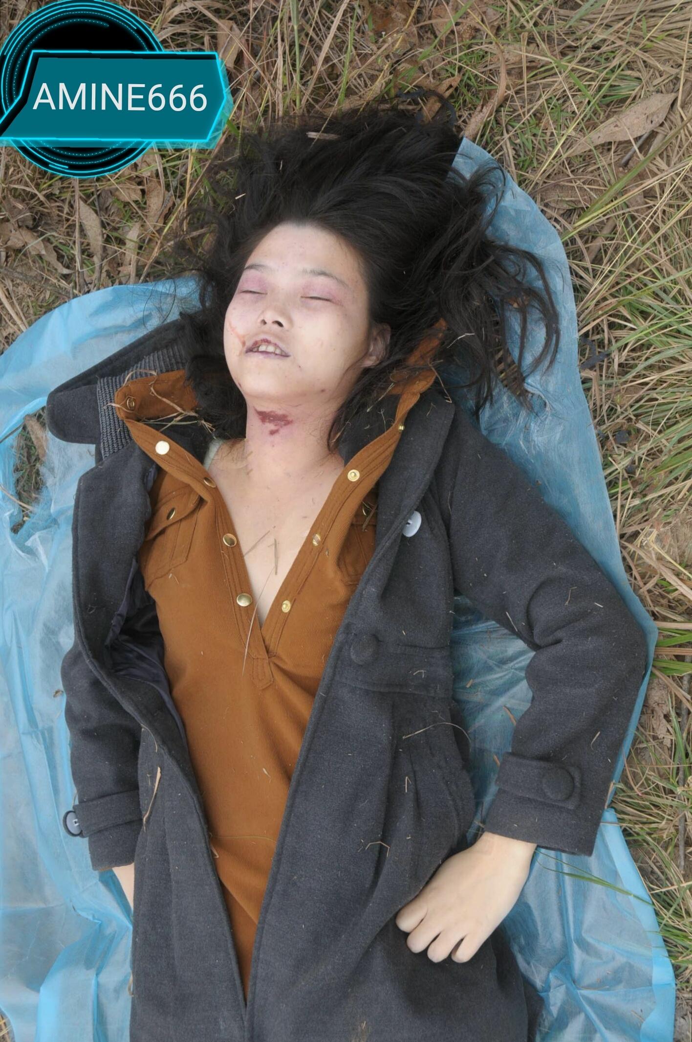 【遺体注意】草むらでレイプされた後絞殺された中国人少女、その場で検視されてる画像がヤバい・・・・・(画像)・3枚目