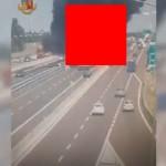 【衝撃】イタリアで起こったタンクローリーの追突事故、キノコ雲がヤバい!!(画像、動画)