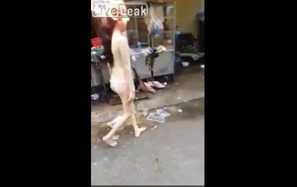 【恐怖】マッパで頭をボーボー燃やしながら踊るまんさん、怖過ぎ・・・・・(動画)・1枚目