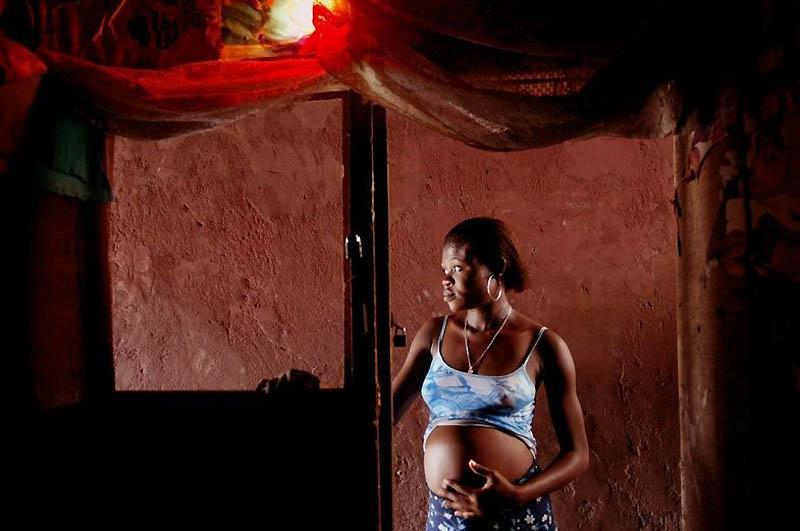 【危険地帯】ナイジェリア旧首都ラゴスのスラムにある売春宿、色々ヤバそうでチンコ勃たないだろ・・・・・(画像)・11枚目