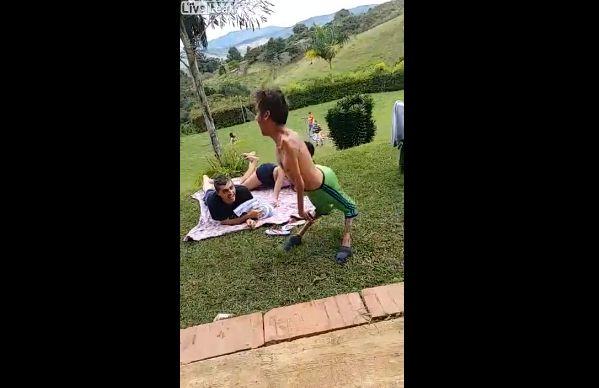 【ショッキング】ブラジルの障碍者ニキ、折れそうな手足で踊りまくる!!(動画)・3枚目