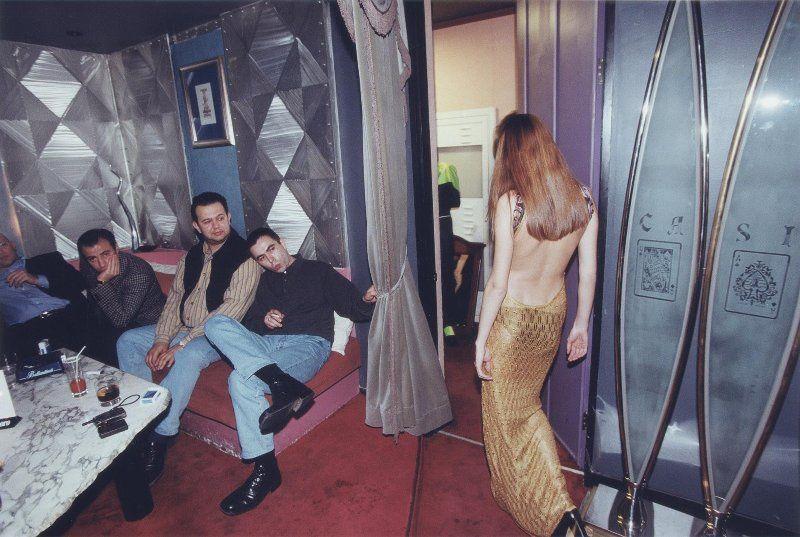 【ロシアエロ】マフィア全盛時代の90年代ロシア、何か怖いけど美人はとにかく多いな・・・・・(画像)・18枚目