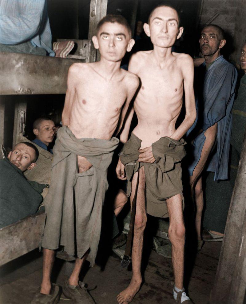 【リアル】カラー着色されたドイツ軍によるユダヤ人大量虐殺(ホロコースト)の写真、絶望感ヤバい・・・・・(画像)・5枚目