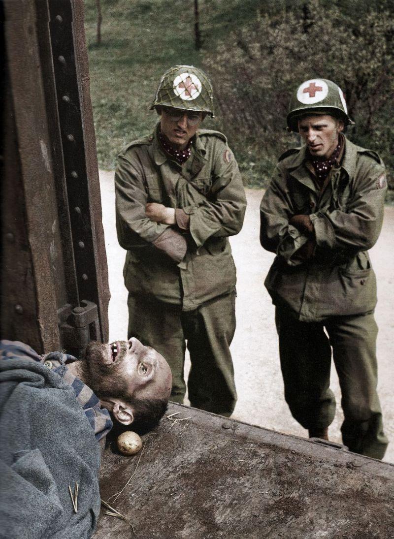 【リアル】カラー着色されたドイツ軍によるユダヤ人大量虐殺(ホロコースト)の写真、絶望感ヤバい・・・・・(画像)・7枚目