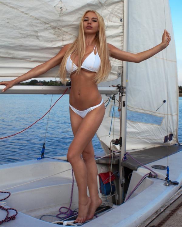 【おそロシア】レストランで毒殺されかけたロシア人モデルさん、プーチンガチで怖過ぎだろ・・・・・(画像)・3枚目