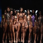 【万能ツール】アメリカ発祥ダクトテープファッションショー、ほぼ裸でワロタwwwwww(画像)