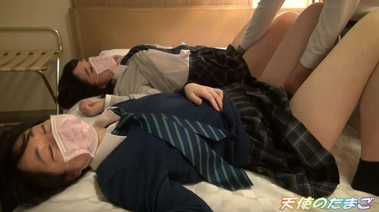 【エロ画像】日本の女子学生、ガチで海外よりヤバかった・・・・11枚目