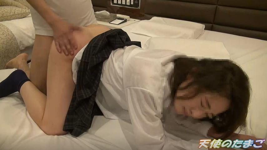 【エロ画像】この日本人JK、ハメ撮りされ世界に拡散される。。・2枚目