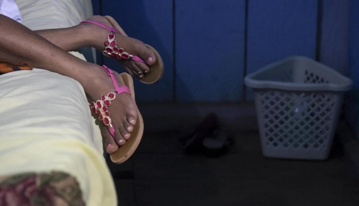 【一発1000円】経済危機の自国を離れ隣国コロンビアで稼ぐベネズエラ人売春婦の少女・・・・・(画像)・5枚目