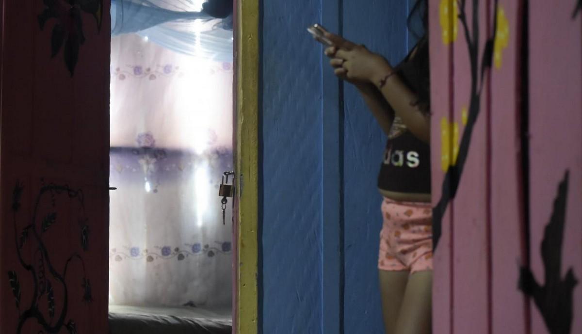 【一発1000円】経済危機の自国を離れ隣国コロンビアで稼ぐベネズエラ人売春婦の少女・・・・・(画像)・6枚目