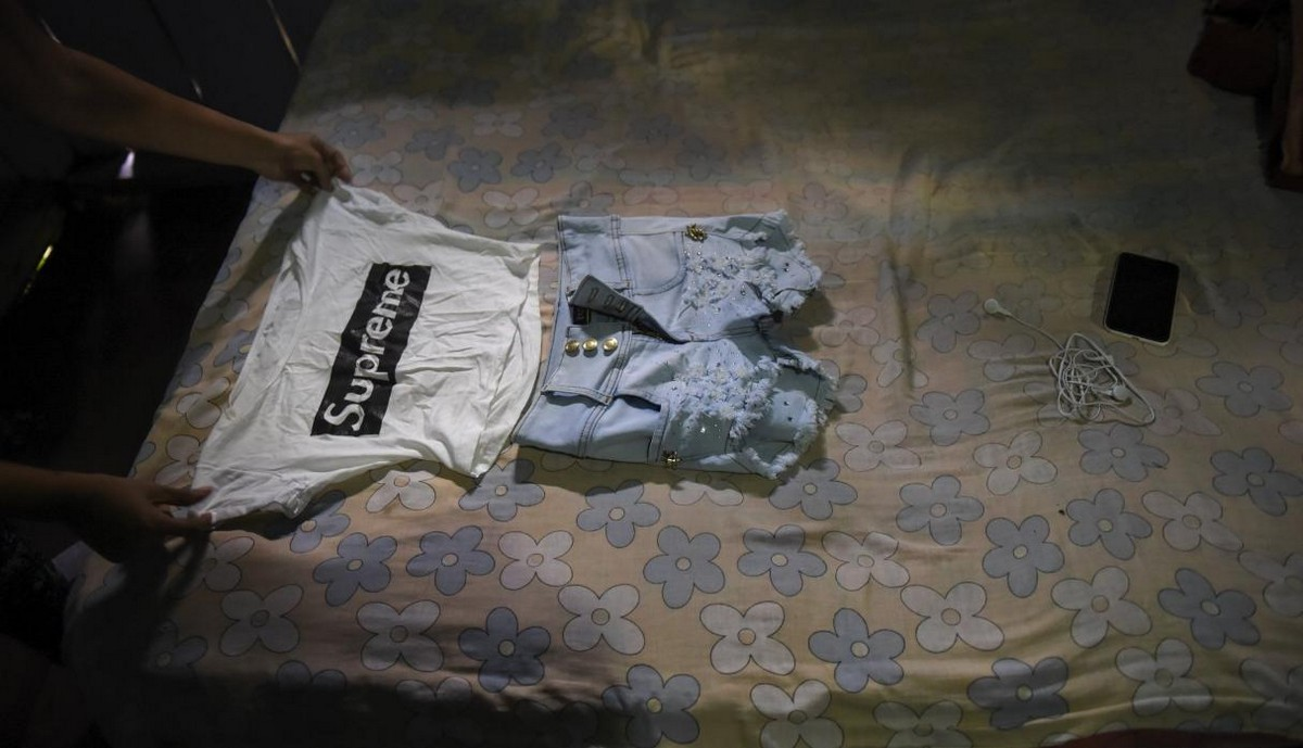 【一発1000円】経済危機の自国を離れ隣国コロンビアで稼ぐベネズエラ人売春婦の少女・・・・・(画像)・8枚目