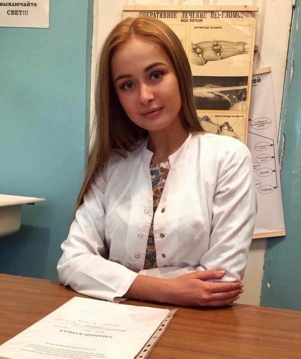 【ロシアン女医】ロシアの美しすぎる医療従事者、これは入院不可避だな・・・・・(画像)・4枚目