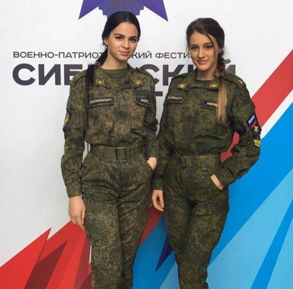 【驚愕】世界最高峰の美人度を誇るロシア軍の女兵士、自衛隊クッソ雑魚すぎて比較にすらならない・・・・(画像)・1枚目