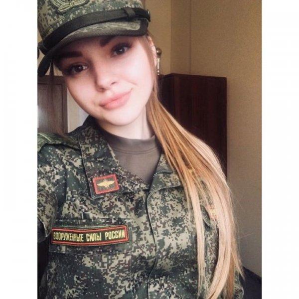 【驚愕】世界最高峰の美人度を誇るロシア軍の女兵士、自衛隊クッソ雑魚すぎて比較にすらならない・・・・(画像)・10枚目