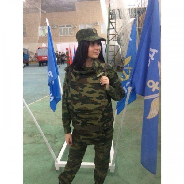【驚愕】世界最高峰の美人度を誇るロシア軍の女兵士、自衛隊クッソ雑魚すぎて比較にすらならない・・・・(画像)・11枚目