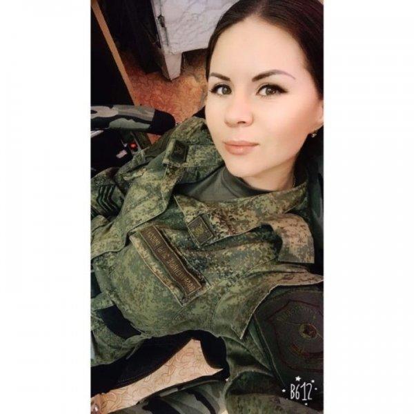 【驚愕】世界最高峰の美人度を誇るロシア軍の女兵士、自衛隊クッソ雑魚すぎて比較にすらならない・・・・(画像)・15枚目