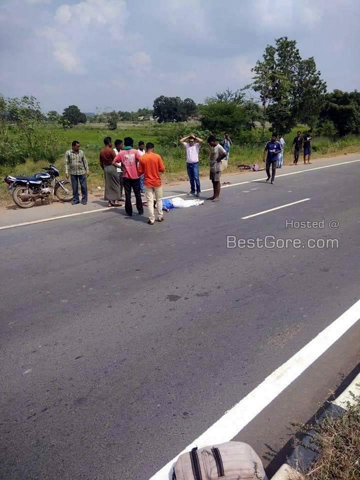 【合掌】インドで轢き逃げされ死亡した少女、血の痕がヤバい・・・・・(画像)・3枚目