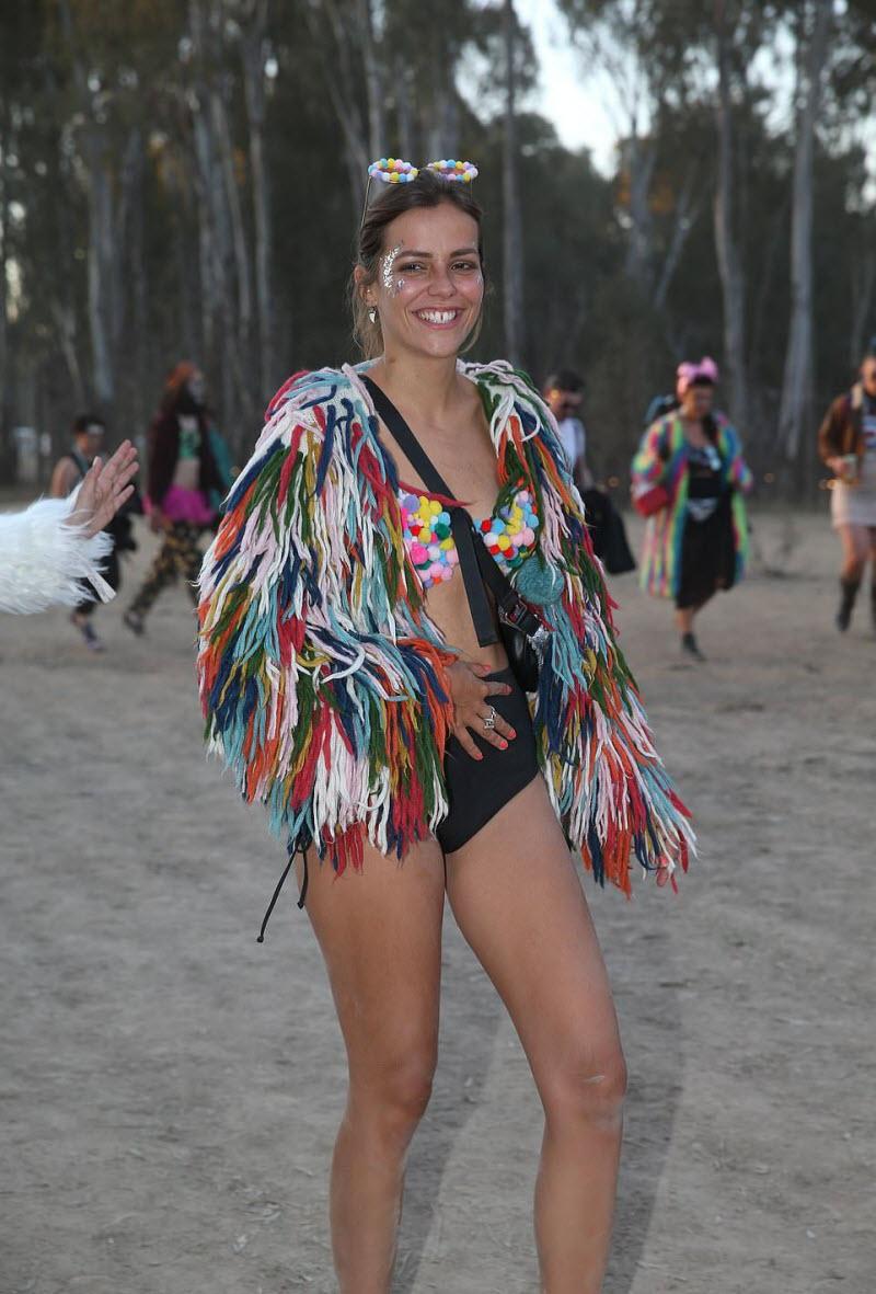 【エロフェス】オーストラリアのお祭りStrawberry Fields Festivalの様子、エロい衣装でクッソ楽しそうwwwww(画像)・6枚目