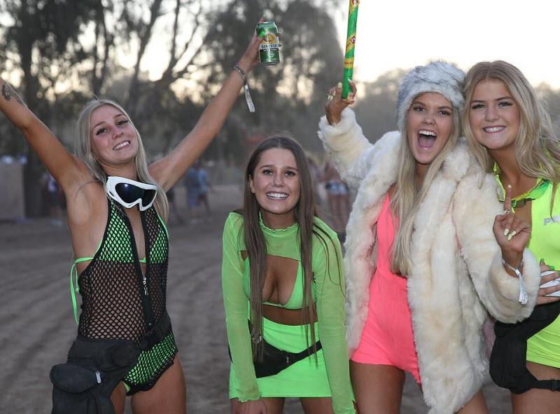 【エロフェス】オーストラリアのお祭りStrawberry Fields Festivalの様子、エロい衣装でクッソ楽しそうwwwww(画像)・13枚目