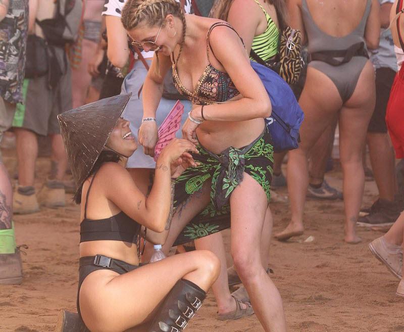 【エロフェス】オーストラリアのお祭りStrawberry Fields Festivalの様子、エロい衣装でクッソ楽しそうwwwww(画像)・24枚目