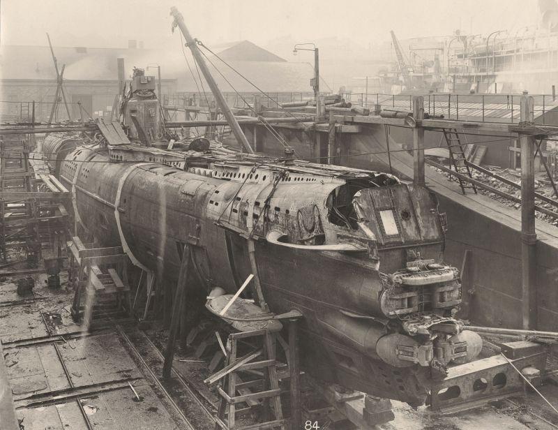 【ドイツの科学力】第一次世界大戦時のドイツのUボート110型、バルブの数スゲーーーーー(画像)・3枚目