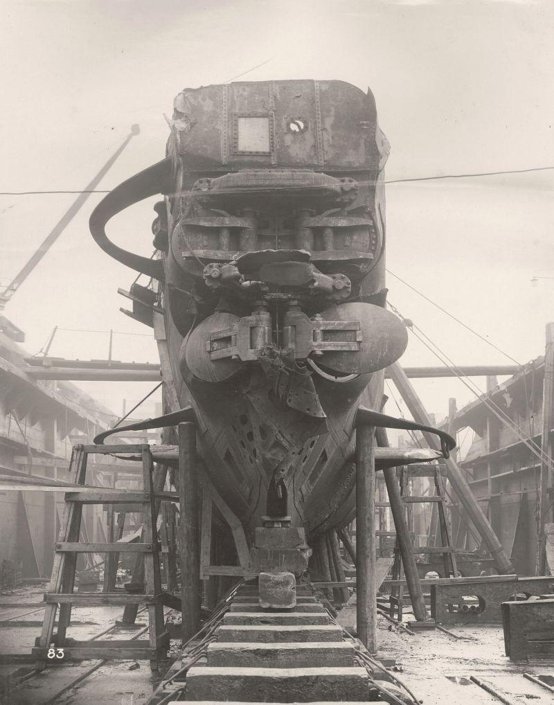 【ドイツの科学力】第一次世界大戦時のドイツのUボート110型、バルブの数スゲーーーーー(画像)・4枚目