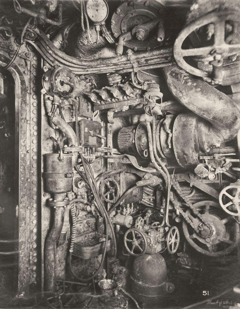 【ドイツの科学力】第一次世界大戦時のドイツのUボート110型、バルブの数スゲーーーーー(画像)・5枚目
