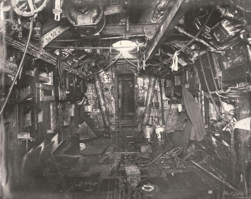 【ドイツの科学力】第一次世界大戦時のドイツのUボート110型、バルブの数スゲーーーーー(画像)・17枚目