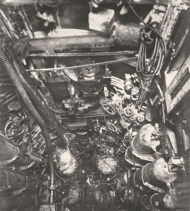 【ドイツの科学力】第一次世界大戦時のドイツのUボート110型、バルブの数スゲーーーーー(画像)・18枚目