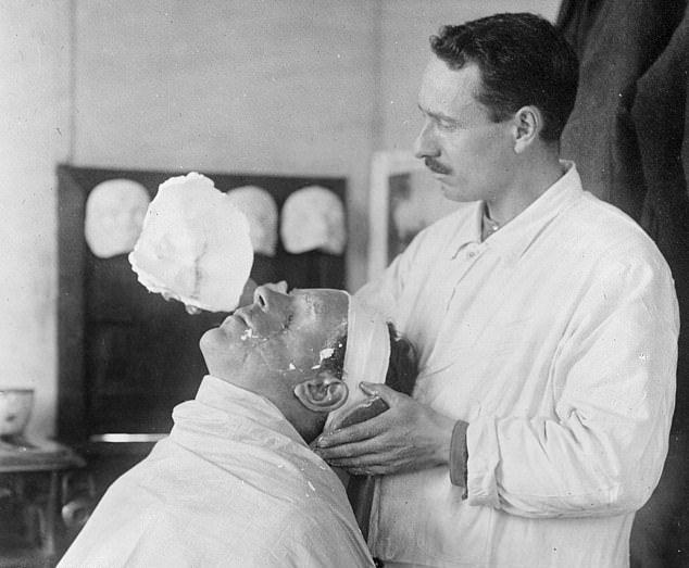 【神技】第一次世界大戦の負傷兵を救ったニュージーランド人医師、これは神技だろwwwww(画像)・5枚目