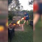 【お馬鹿】庭でBBQ中の外人ニキ、火力アップの為にガソリンぶっ掛ける!!(動画)