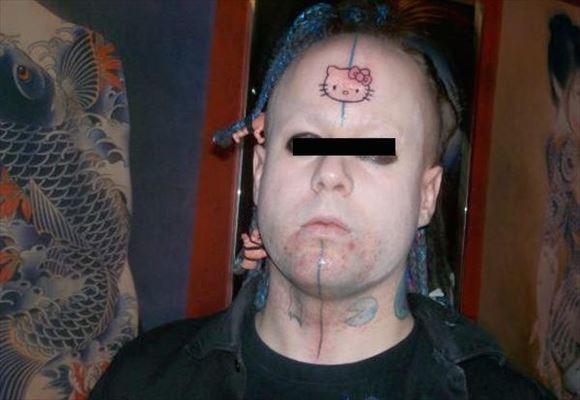 【お馬鹿】外人さんの変なタトゥー、マジでこいつ等コレで後悔しないのか・・・・・(動画)・21枚目