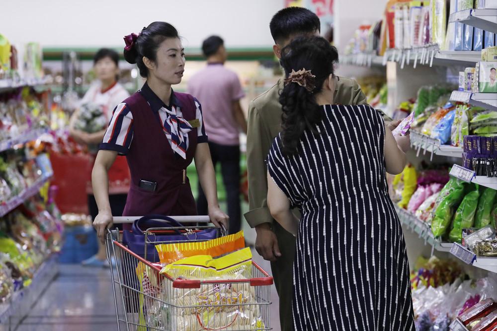 【画像あり】北朝鮮の一般的な上級国民の生活の様子、案外まともそう・・・・・(画像多数)・6枚目