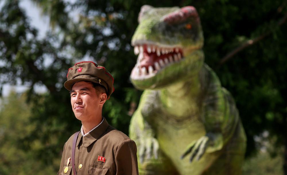 【画像あり】北朝鮮の一般的な上級国民の生活の様子、案外まともそう・・・・・(画像多数)・17枚目