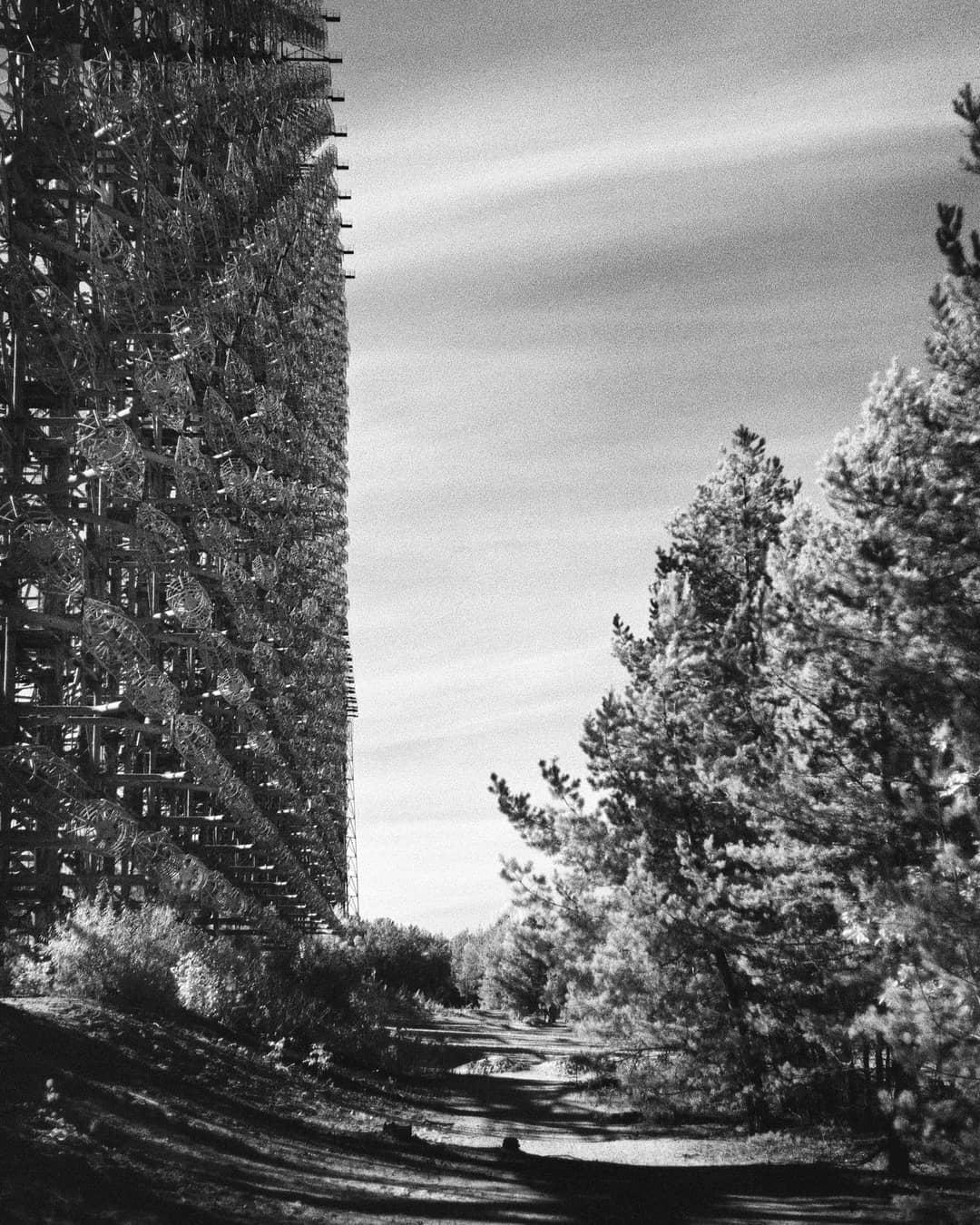 【原発事故】海外の写真家が撮った現在のチェルノブイリとその周辺、なんか神秘的だな・・・・・(画像)・1枚目