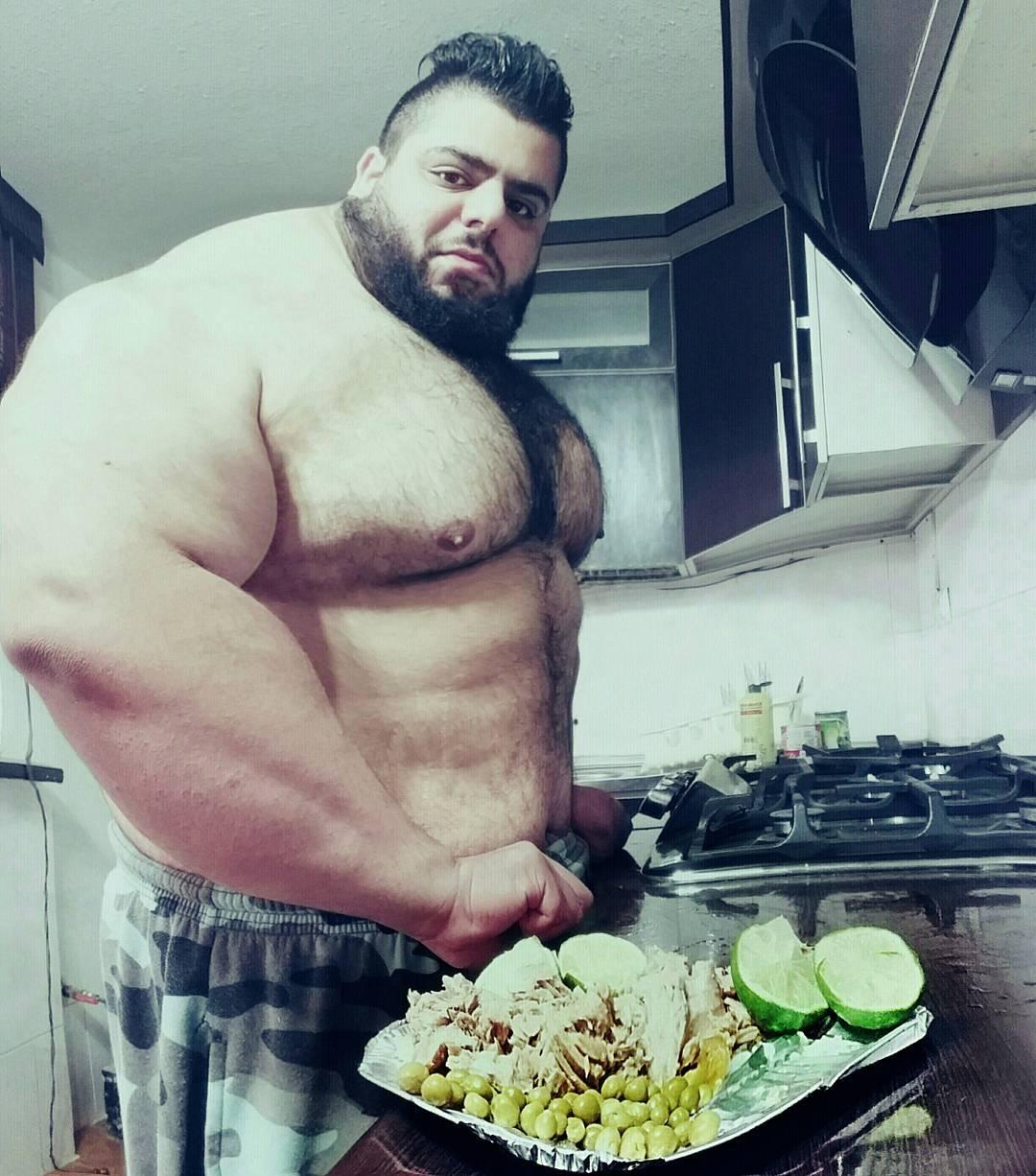【超筋肉】イランのリアル超人ハルク、ワイ虚弱ニキ喧嘩したら一秒で殺されそう・・・・・(画像)・5枚目
