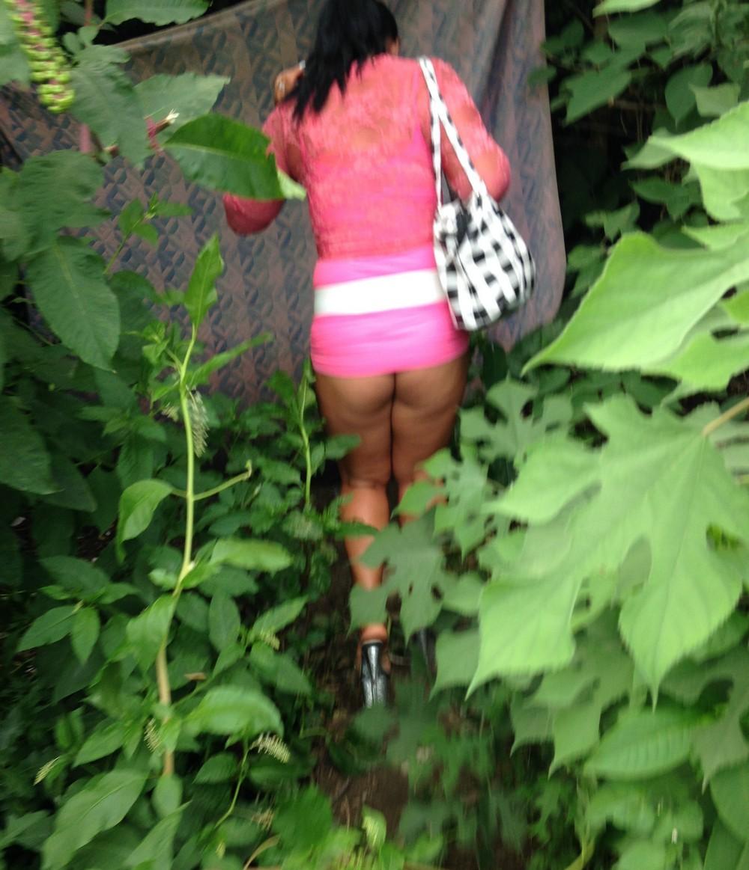 【売春婦】ストリートで稼ぐ海外の路上売春婦、ヤリたいけどリスク高過ぎだろ・・・・・(画像)・22枚目