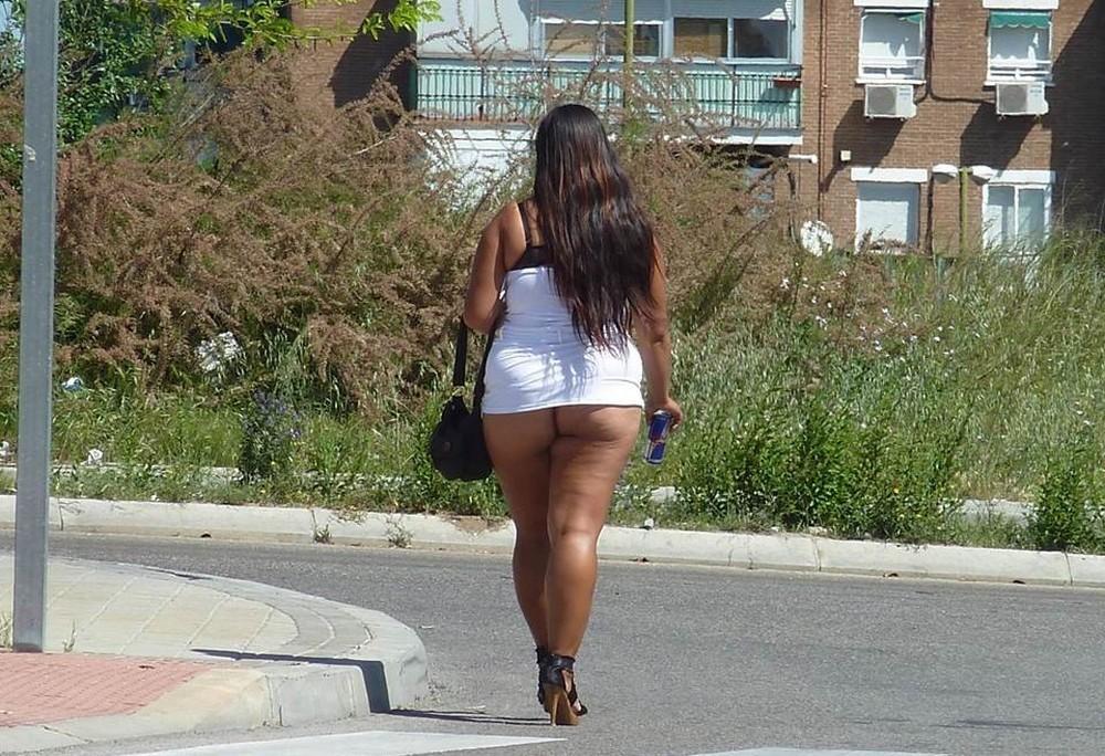 【売春婦】ストリートで稼ぐ海外の路上売春婦、ヤリたいけどリスク高過ぎだろ・・・・・(画像)・39枚目